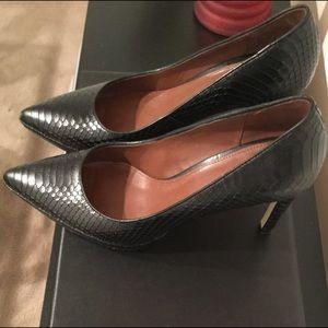Shoes - pumps